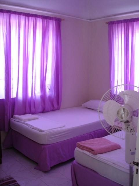 Empty purple room bedroom 2 the cheap purple