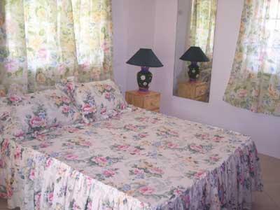 Sunbeam_downstairs_bedroom1 Jpg